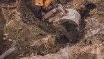 Оренбурженка отсудила компенсацию за падение сына в трёхметровую яму (18+)